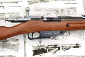 The Mosin-Nagant bolt action is copied with considerable detail for the Gletcher airgun.
