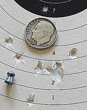 Cometa Indian spring-piston air pistol Baracuda Match target