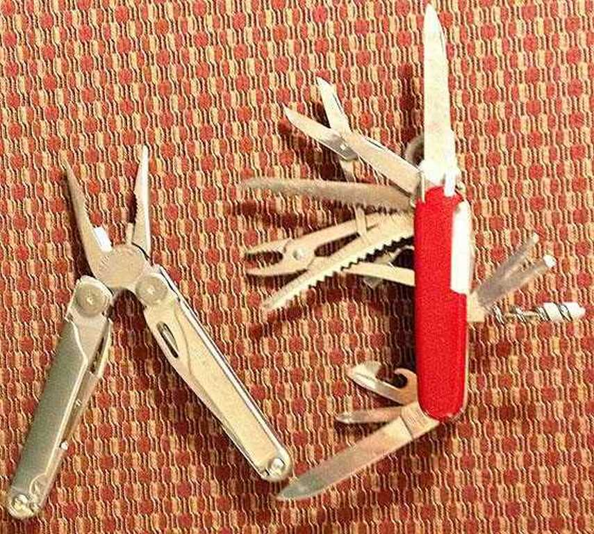 Swiss Champ Leatherman Wave