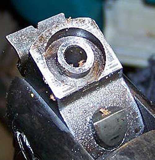 Relum Telly breech seal groove