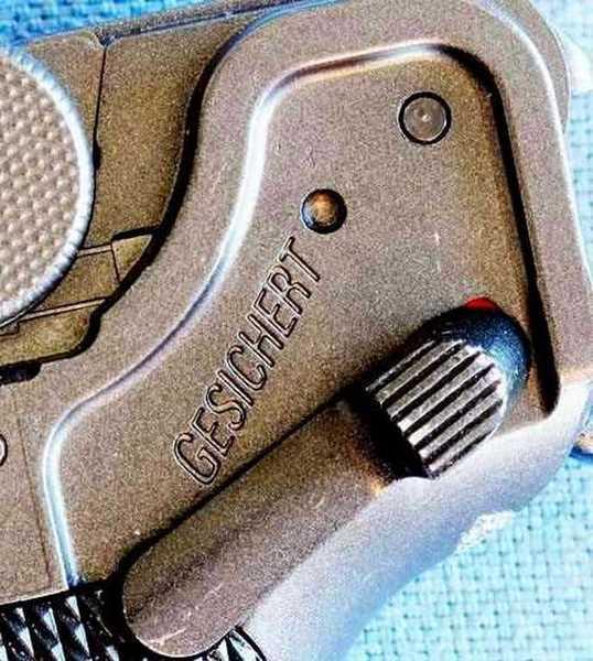 Umarex P-O8 CO2 BB pistol safety