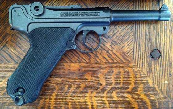 Umarex P-O8 CO2 BB pistol
