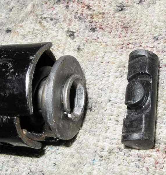 BSA Super Meteor mainspring retention pin detail