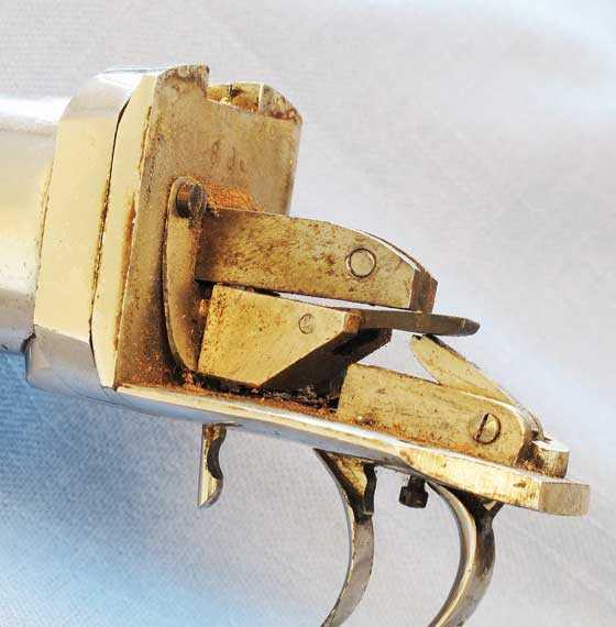 Bugelspanner trigger assembly