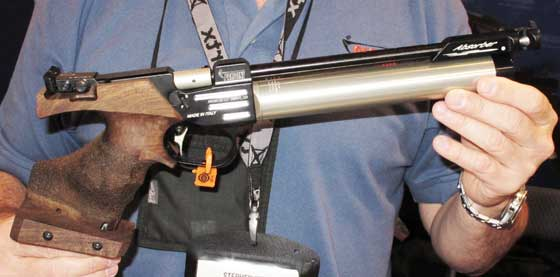 Parditni air pistol