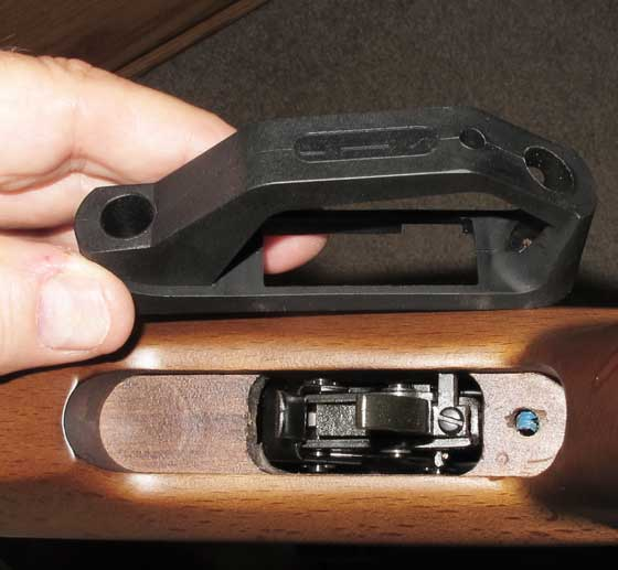 06-25-14-02-Benjamin-Trail-Nitro-Piston-2-triggerguard