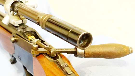 mechanical bullet seater