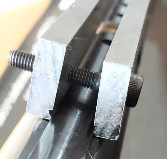Rail Lock Compressor attached 1