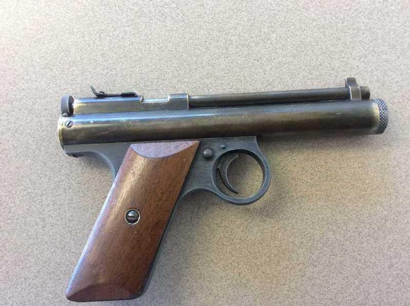 Pistol TT - power, chained to steel 52