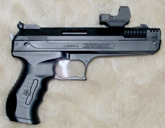 Beeman P17 pistol with sight