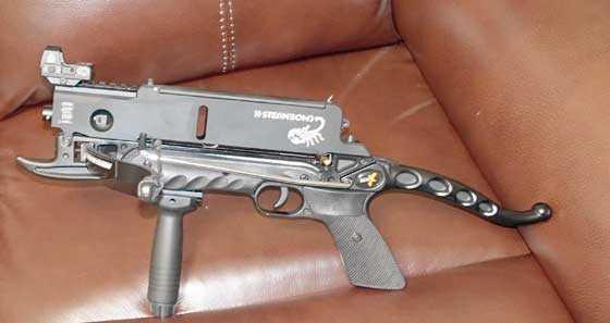 AR-6-with-dot