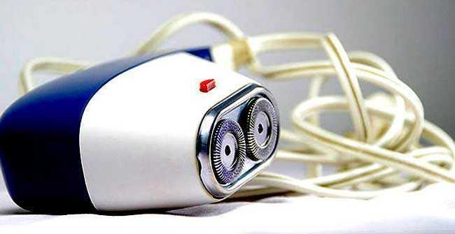 vintage Norelco Electric Shaver