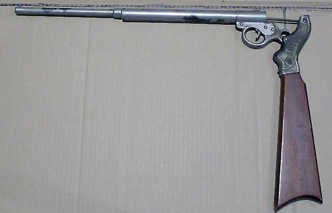 Daisy 20th Century gun cockedry-of-airguns/