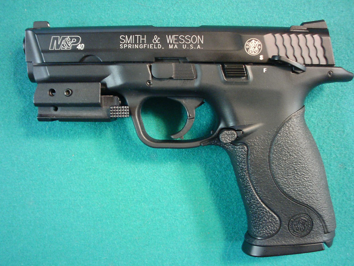 Customer images for Smith & Wesson M&P 40, Black | Pyramyd Air