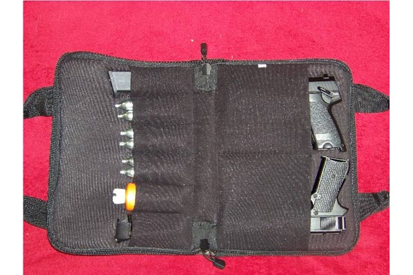 Customer images for UTG Deluxe Pistol Case  | Pyramyd Air