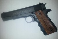 tanfoglio witness 1911  - Added wood side panels and finger grip