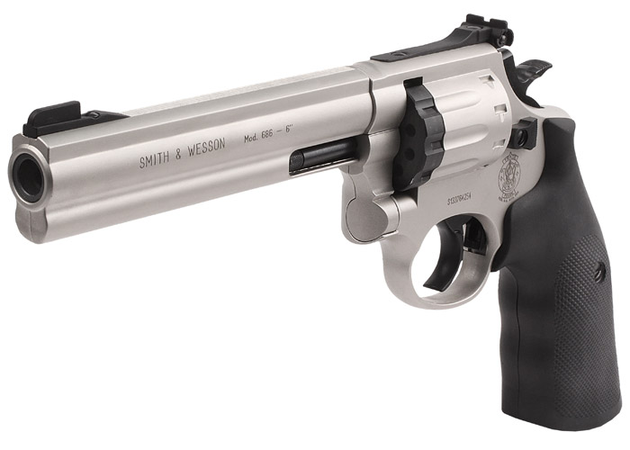 Smith And Wesson 6 Inch 686 Revolver